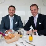 Bernd Gabel-Hlawa und Benedikt Gabrie, Geschäftsführung FindMyHome.at bei der Qualitätsmakler Preisverleihung in der Meierei im Stadtpark