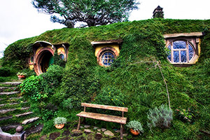 Bilbos-House-in-the-Shire-by-Michael-Matti