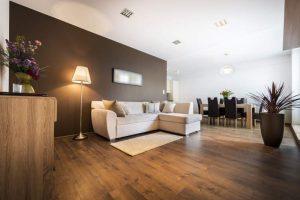 Schöne Wohnung mit Brauntönen