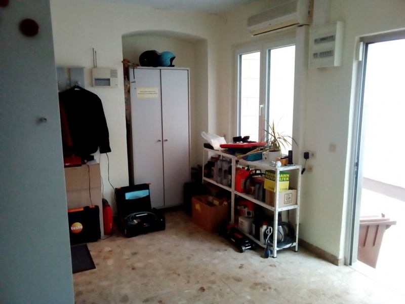 3 bestandsfreie Wohnungen, Geschäftslokal, Baugrund- im Paket an Anleger abzugeben /  / 2340Mödling / Bild 0
