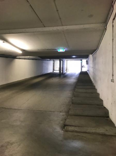 Tiefgaragenstellplatz Ecke Troststr., Siccardsburggasse