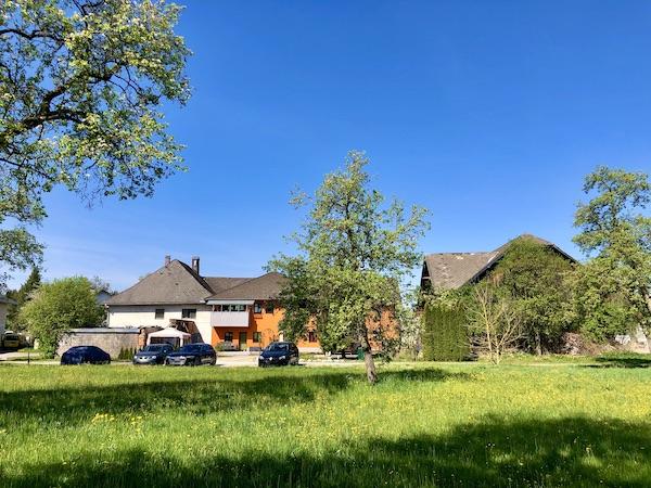 Altes Sacherl und neues Wohnhaus /  / 4850Timelkam / Bild 0