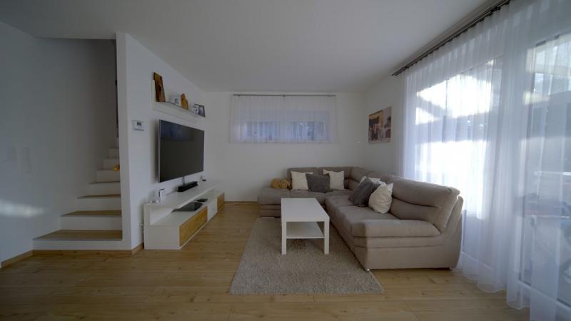 Wohnbaugefördertes Reihenhaus mit 4 Zimmern, Vollunterkellerung, Terrasse und Eigengrund /  / 2460Bruck an der Leitha / Bild 1