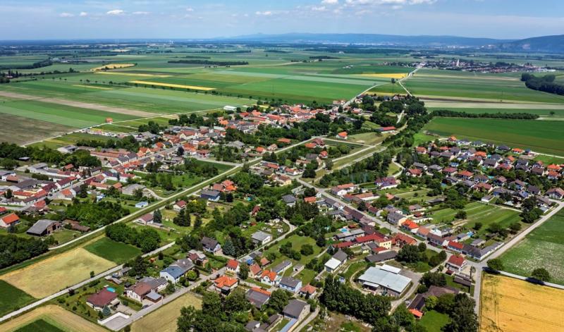 Sonnige Grundstücke in ruhiger Lage in Loimersdorf, Engelhartstetten /  / 2292Loimersdorf / Bild 1
