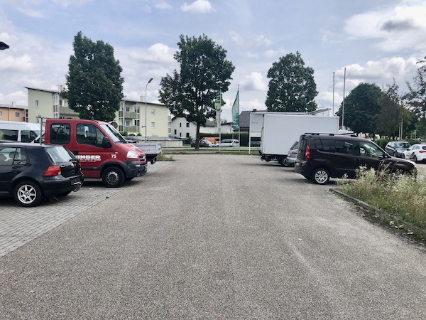 Parkplätze in Attnang zu mieten