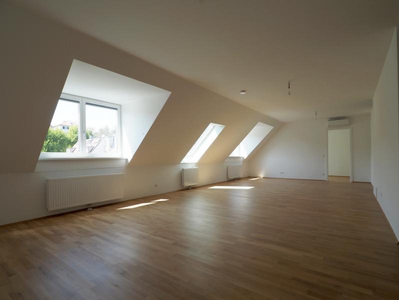 Großzügige DG-Wohnung mit 2 BALKONE /  / 1190Wien / Bild 3