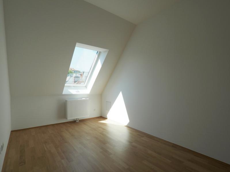 Großzügige DG-Wohnung mit 2 BALKONE /  / 1190Wien / Bild 7