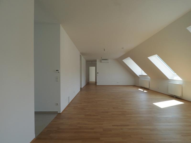 Großzügige DG-Wohnung mit 2 BALKONE /  / 1190Wien / Bild 8