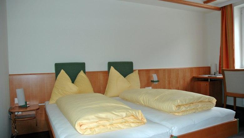 21 Zimmer Seminar Hotel 2008 saniert nur 45 Min. (70km) südl. von WIEN /  / 1140Wien / Bild 1