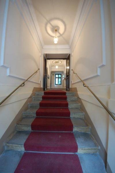 Schöne klassische Altbauwohnung in repräsentativem Stilhaus Greatspot nahe Wiener Cottage
