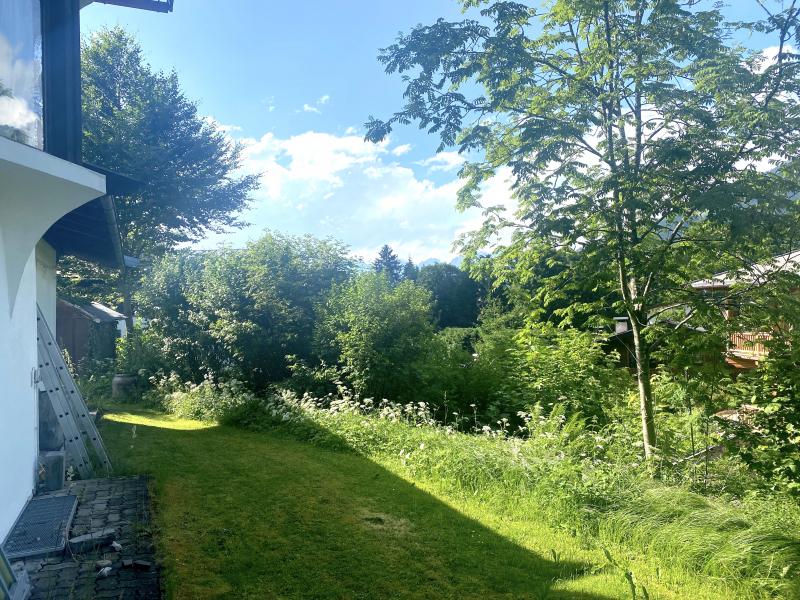 Exklusive Wohnlage – Südausrichtung – Traumhafter Blick: Grundstück mit Haus am Fuße der Bichlalm