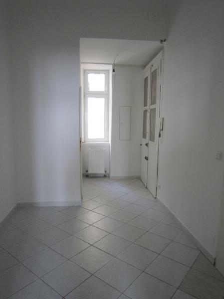 Freundliche 2 Zimmer-Altbauwohnung