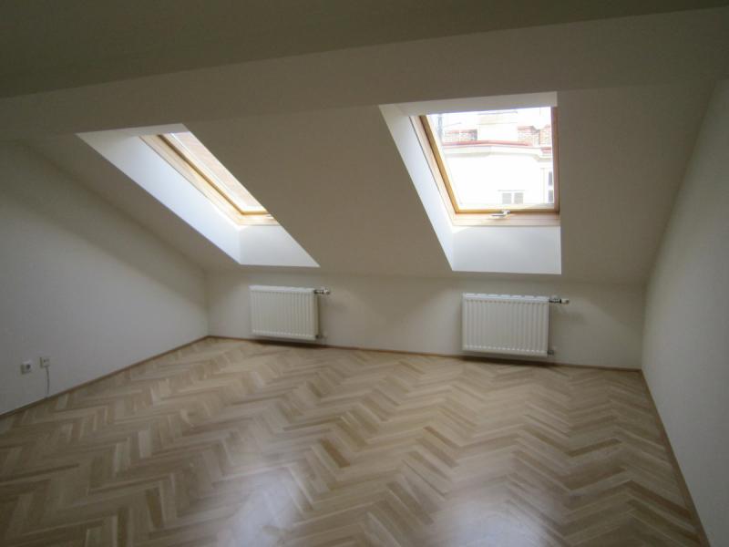 Freundliche Dachgeschosswohnung /  / 1020Wien / Bild 1